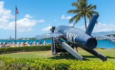 Pearl Harbor, Hawaii: aircraft fighter at the U.S.S. Arizona Memorial in 2016.